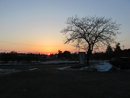 A late winter season sunset.  Glenview Illinois.  March 2014. by Eddie from Chicago