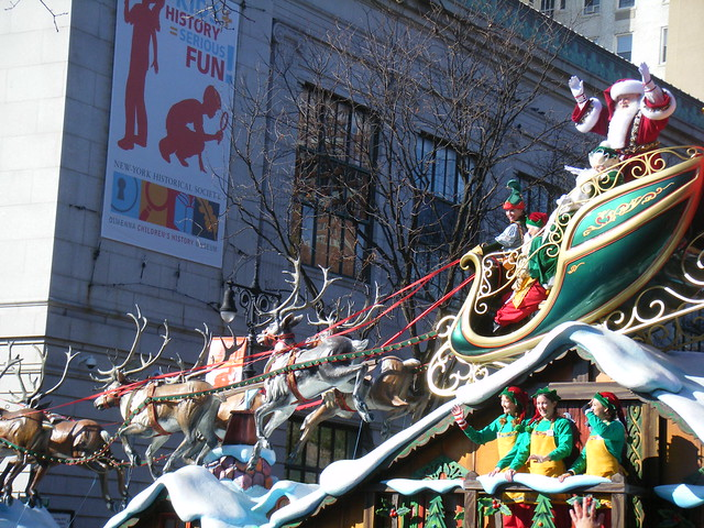 YJI Macy's Parade