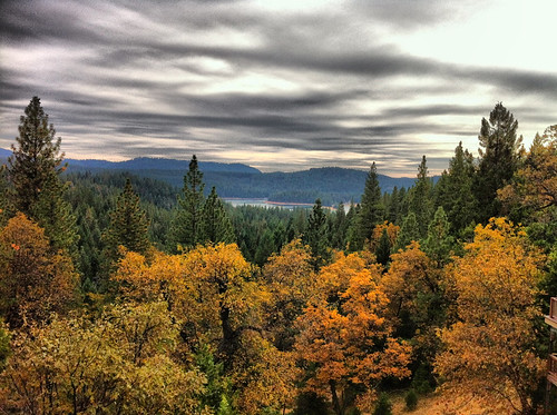 thanksgiving lake storm mountains fall landscape pretty view hollingsworth autimn pollockpines