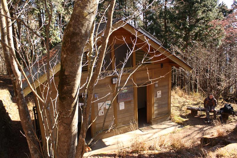 武甲山トイレ