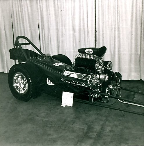 how to build a dragster chassis