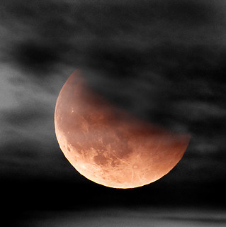 Lunar eclipse....(Explored, my 75´th)