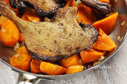 紅酒鴨腿佐胡蘿蔔泥和蒜香蠶豆-111213