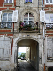 Château-Thierry (10, rue St-Martin) 0877 - Photo of Mézy-Moulins