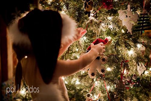 12.16.2011 Our Little Elves-1