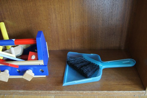 School Holiday Tips - dust pan and brush