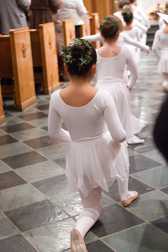 anna dancing