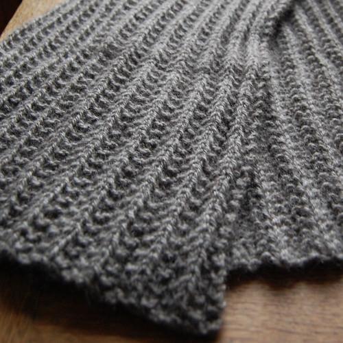 Mythral scarf
