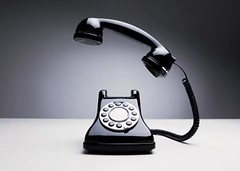Free scriptwriting guide - refresh your on hold marketing - vintage phone wth light