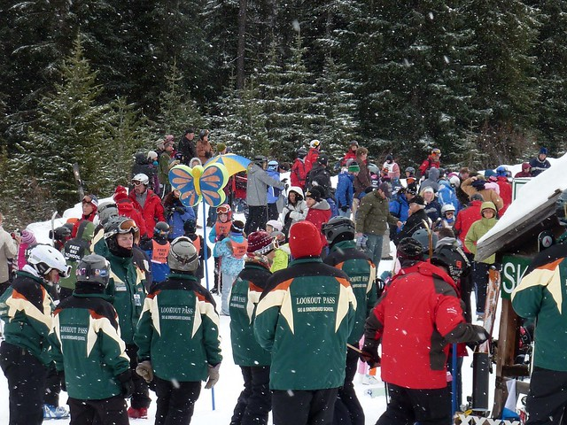 Lookout Pass free ski school