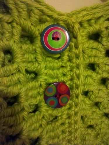 Shrug buttons