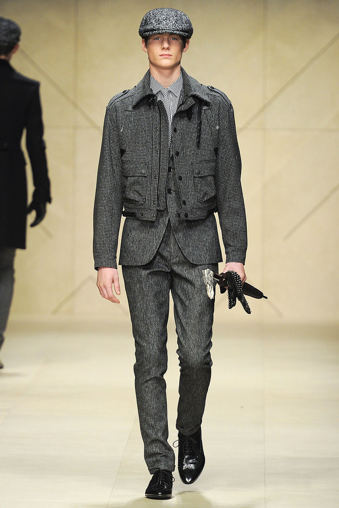 FW12 Milan Burberry Prorsum006_Ryan Williams(VOGUE)