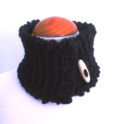 Cuello en lana negra by mami paula y Pipocass Handmade