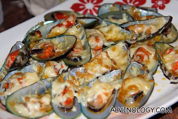 Cheese mussels