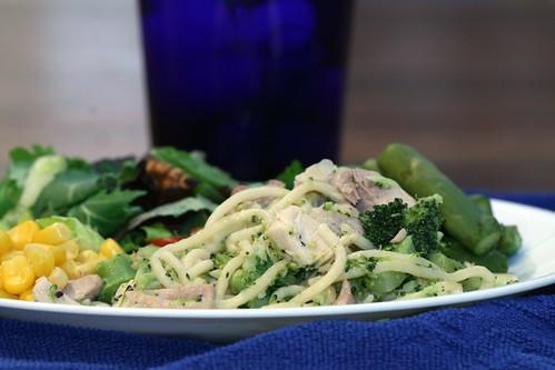 "chicken ""linguine"" with broccoli"