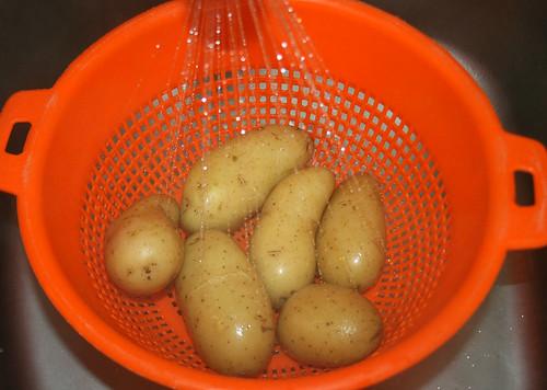 15 - Kartoffeln abgießen / pour potatoes