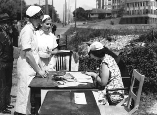 Nurses voting on Election Day, Brisbane, 1938