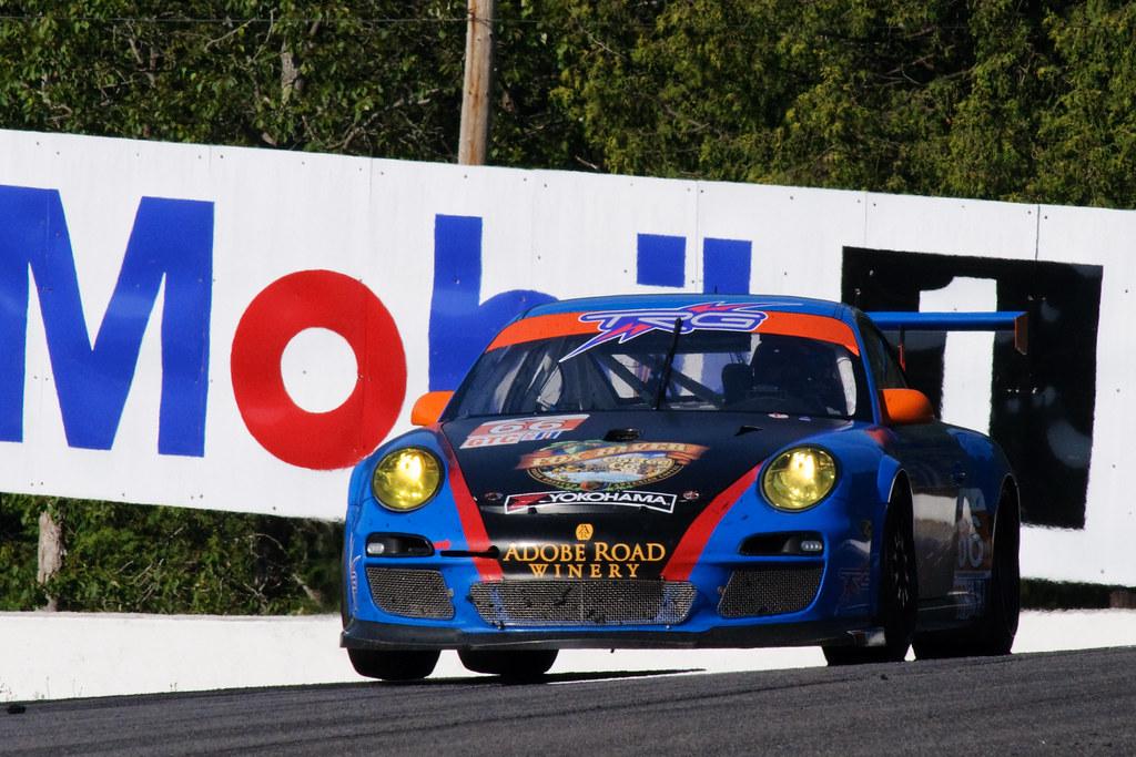 #66 TRG Porsche 911 GT3 Cup, Mosport 2011