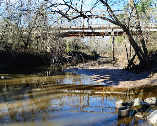 abandoned through truss bridge steel iron fm 2854 oldmontgomeryroad sanjacintoriver conroe montgomerycounty texas wsr water surface reflection pontist united states north america