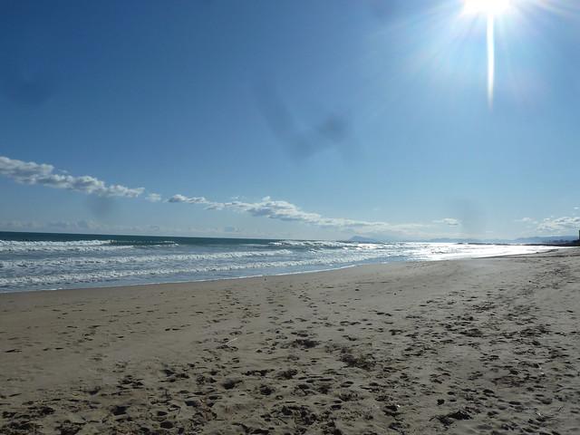 playa- olas - cullera beach