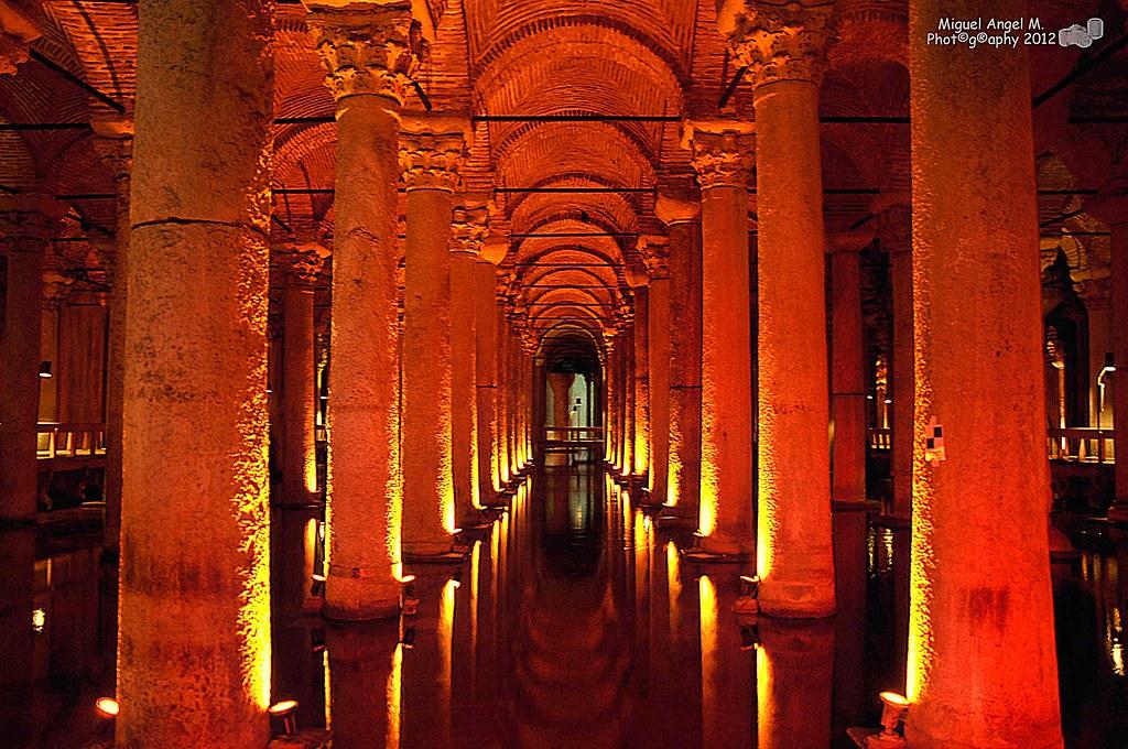 Cisterna Basílica ( Estambul-Turquía)