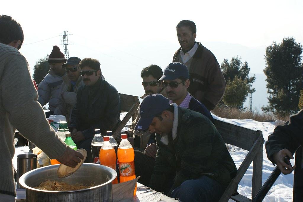 Muzaffarabad Jeep Club Snow Cross 2012 - 6796507097 29091a5991 b