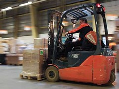 TMHE Customer Endorses Electric Forklifts – TNT Duiven Testimonial.jpg