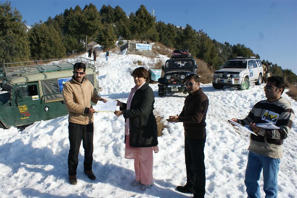Muzaffarabad Jeep Club Snow Cross 2012 - 6830732005 27e884e351 b