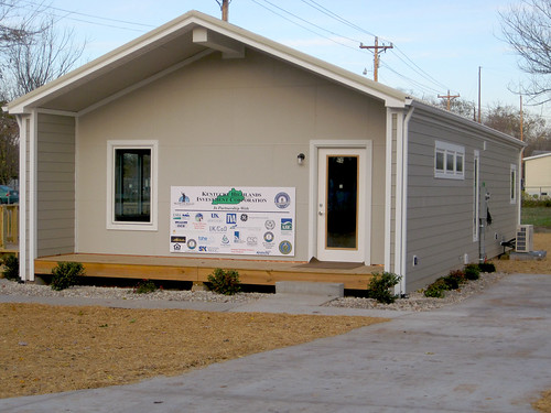Modular Classroom Jobs ~ A partnership to create jobs and develop energy efficient