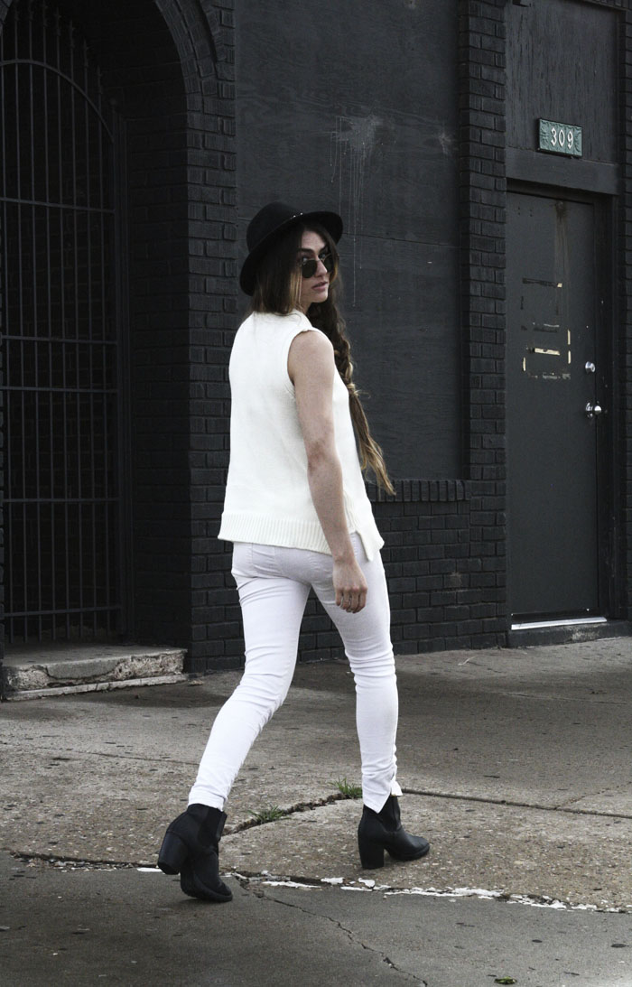 minimal fashion bloggers street style