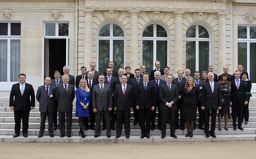 Family photo of the  Ministerial Conference : Building a 2020 vision for South East Europe