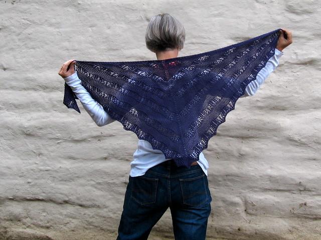 Shaelyn shawl