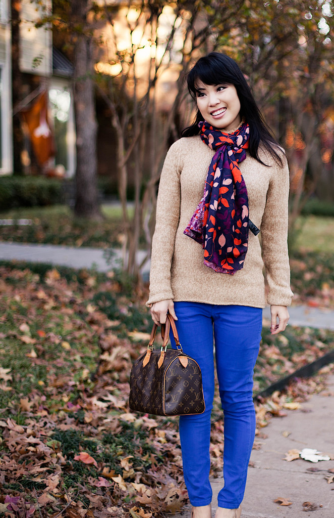 banana republic red wool coat, gap cable turtleneck sweater, asos cobalt blue pants, target mossimo pearce camel pumps, louis vuitton speedy 25, h&m navy leaves scarf