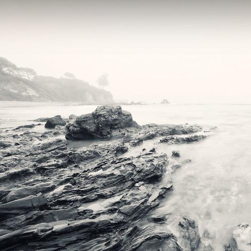 ocean california west beach fog sunrise pacific cloudy shoreline foggy rocky overcast newportbeach socal shore orangecounty coronadelmar neosdesign themesforiphonecom