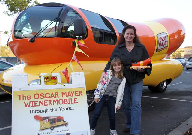 RELSHME, An Oscar Mayer Wienermobile