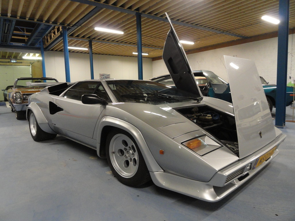 1980 Lamborghini Countach Lp400s Images Pictures And Videos