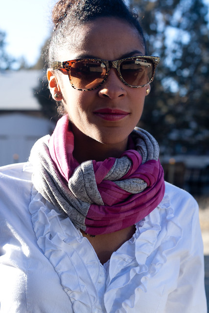 gray and pink scarf1 (1 of 1)