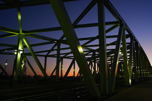 dusk aioi bridge