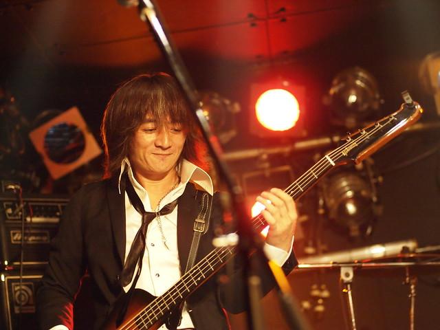 The StarrBootleggerz live at ShowBoat, Tokyo, 03 Dec 2011. 392