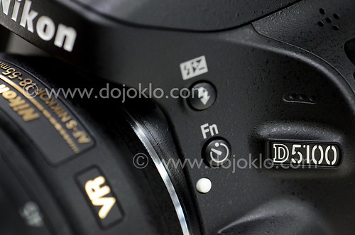 Nikon D5100 book manual how to instruction download vs Canon T3i