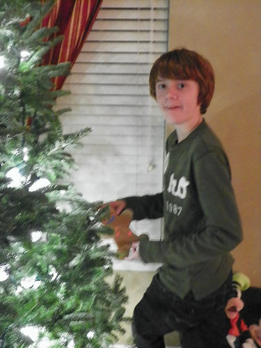 111210 Decorating Tree 04 - Spencer