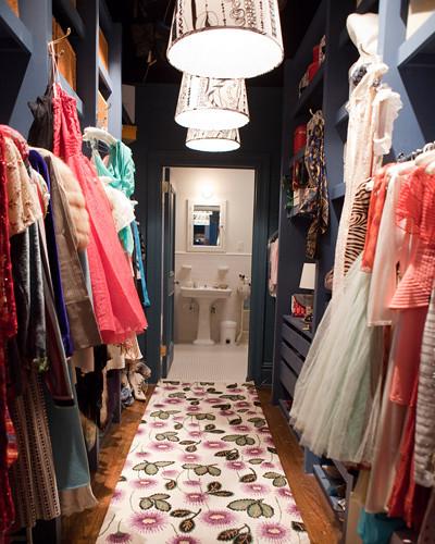 Richgirllowlife's Closet Downstairs