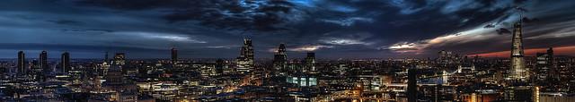 London Sunrise - Panorama