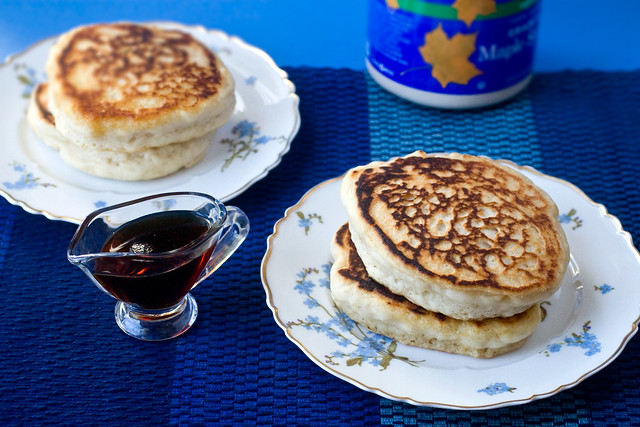 Puffy Pillow Pancakes