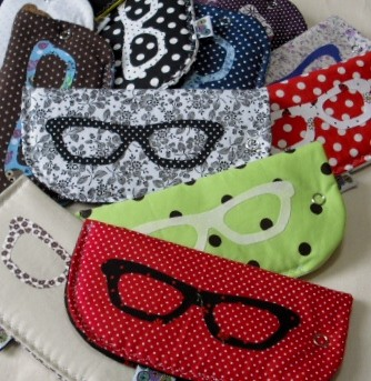 porta-óculos by Panos e Contas