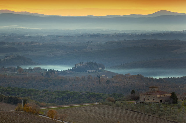 6648666065 7a89911fe0 z 4 DAYS TO VISIT BEAUTIFUL TUSCAN LANDSCAPE