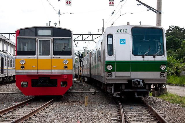 東京メトロ千代田線6000系 6112FとJR東日本 203系 マト69編成