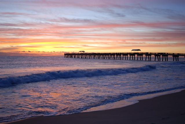 Lake worth pier sunrise flickr photo sharing for Lake worth pier fishing