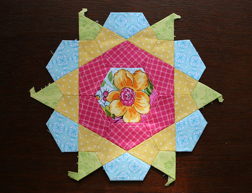 rose star block front