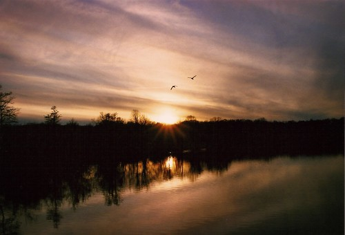 sunset sky classic film vintage nikon michigan january annarbor huronriver manual goldenhour 2012 fg fuji400 galluppark washtenawcounty nikonfilmphotography nikon3580f456d